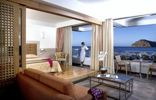 Thalassa Beach Resort & Spa