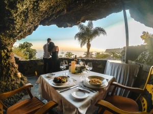 Nature, relaxation and exclusivity at Hotel Jardín Tecina