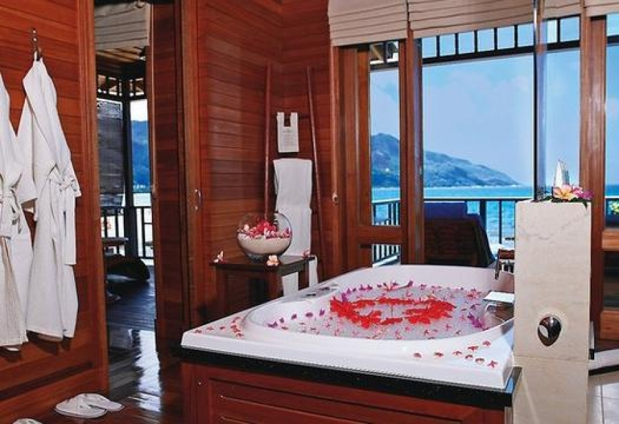 5 hoteles con jacuzzi en la habitaci n adults only holidays