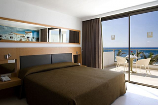 Hoteles romanticos sin ni os fuerteventura adults only for Hoteles con habitaciones comunicadas playa